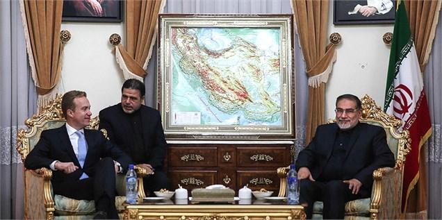 شمخانی: تهران رفتارها برای حفظ تحریمها را از سوی برخی کشورها تحمل نخواهد کرد