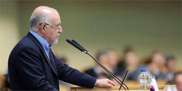 مجلس و دولت درباره الگوی قراردادهای جدید نفتی اختلاف نظری در سطح کلان ندارند