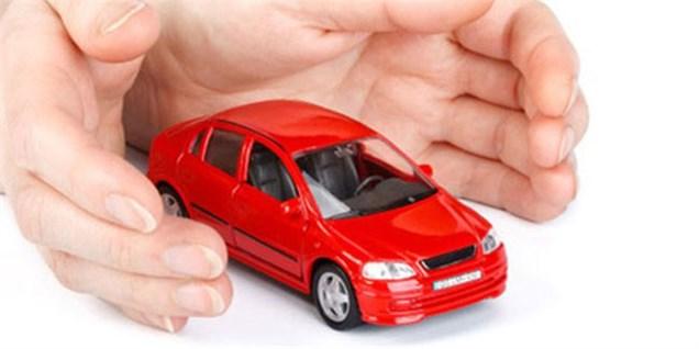 مدیران بیمهای برای خودروسازها راهکار مناسب پیدا کنند