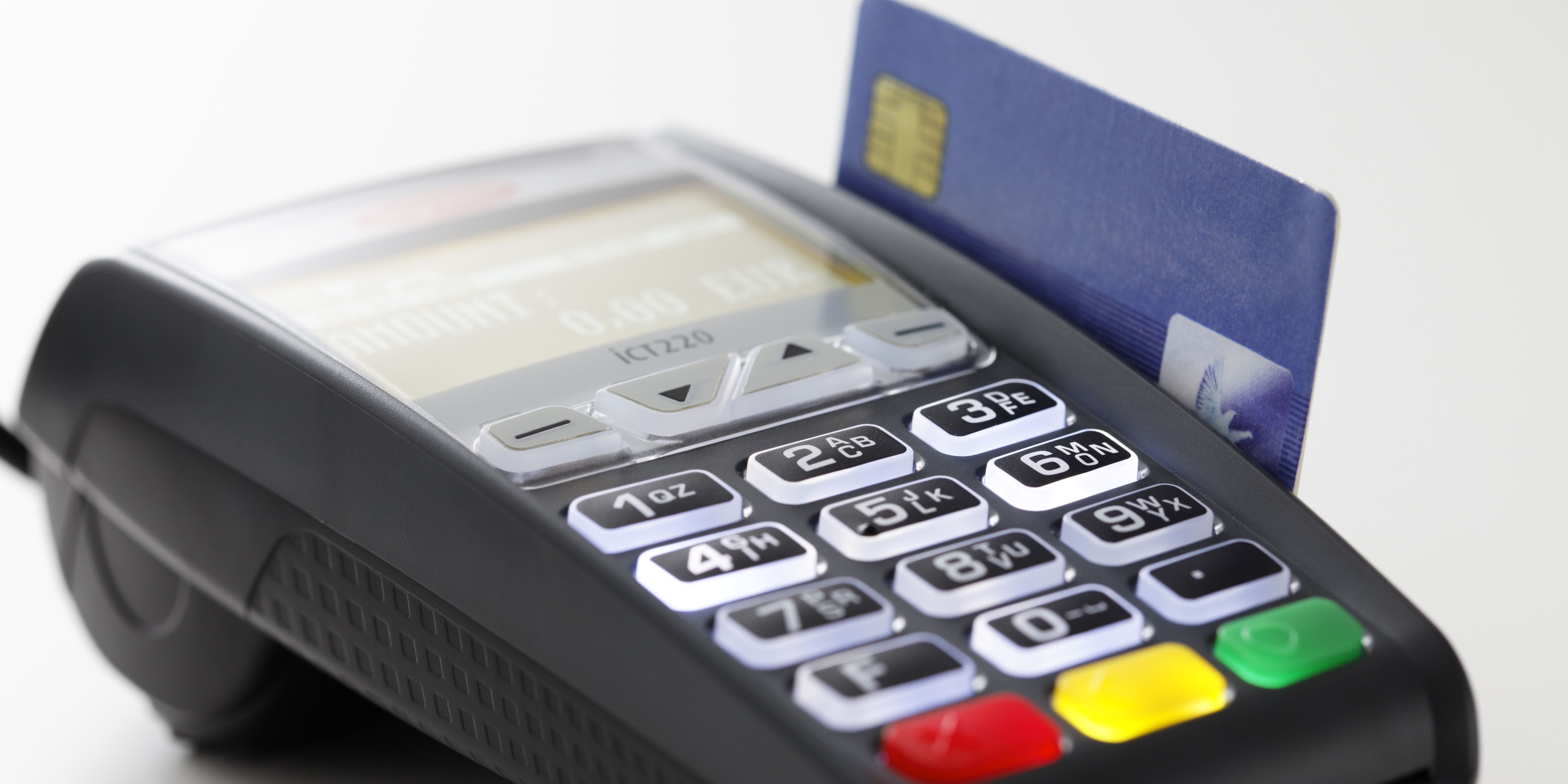 نیمه خالی کارت اعتباری