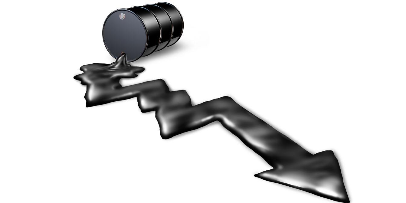 قیمت نفت تحت تاثیر گزارش آژانس بینالمللی انرژی کاهش یافت
