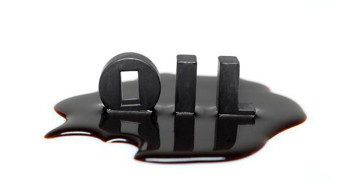 امسال ۱۰ میلیارد دلار قرارداد نفتی امضا میشود
