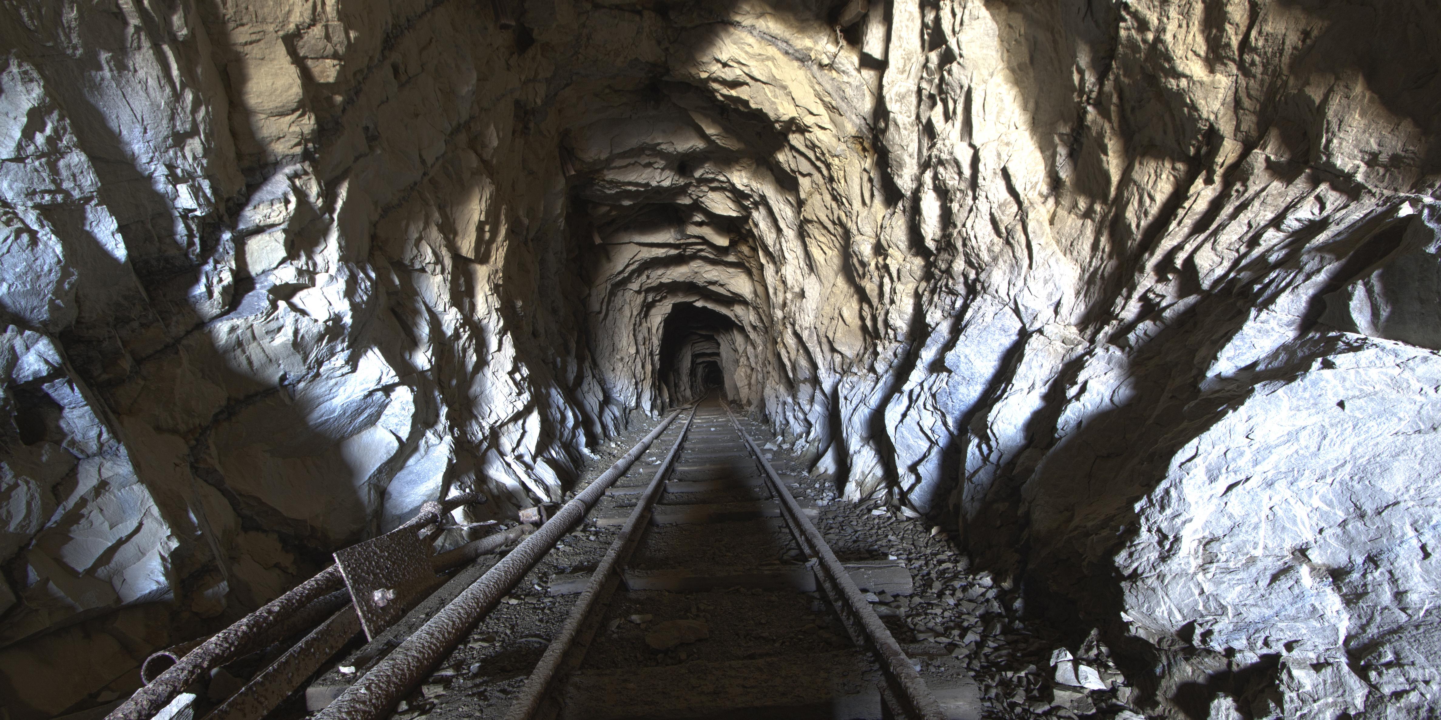 افزایش ۴ برابری حفاری شرکت تهیه و تولید مواد معدنی ایران