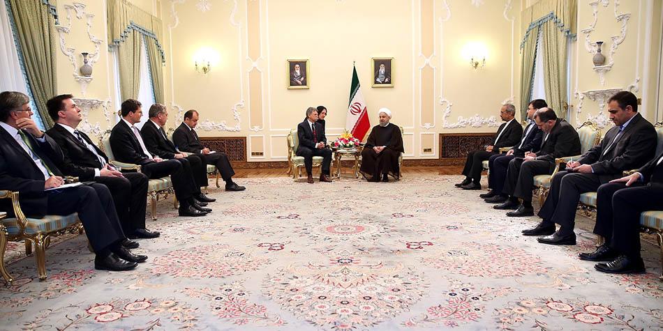 تاکید بر ضرورت اجرای سریعتر اسناد همکاری میان ایران و مجارستان