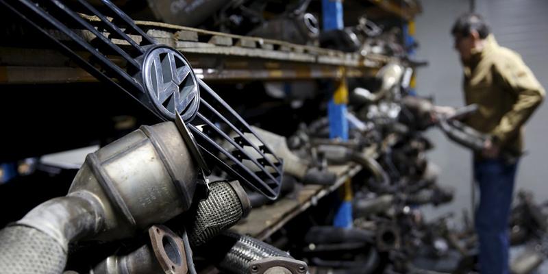 توافق فولکس واگن برای بازخرید ۸۰ هزار خودروی آلاینده
