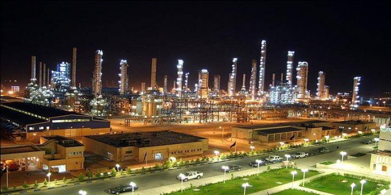 آغاز صادرات زمینی پتروشیمی «بندرامام» در بورس انرژی