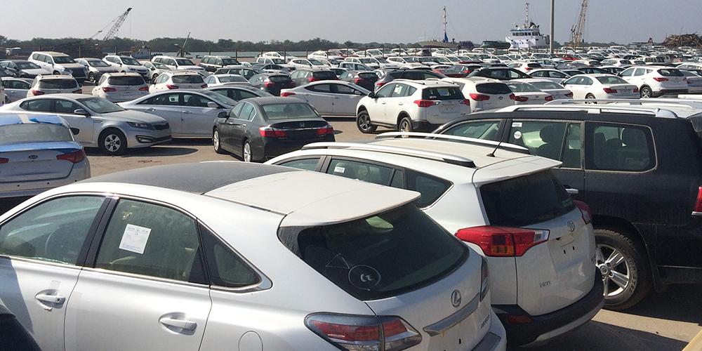 رودررویی خودروسازان و واردکنندگان خودرو