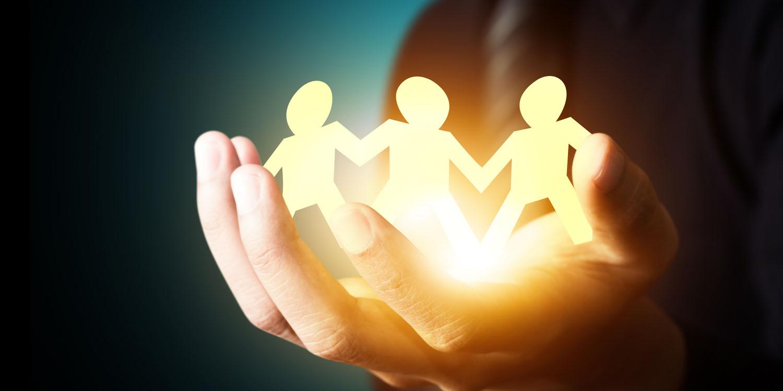 به همکاران کمک کنید تا روزی مدیر بزرگی شوید