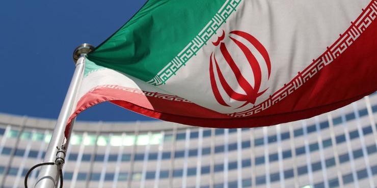 پذیرش بازرسان جدید/ 124 متریک تن ذخیره آب سنگین ایران