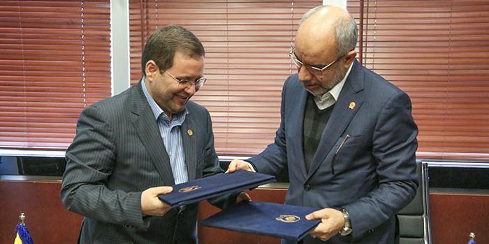 امضای تفاهمنامه همکاری بانک سپه و شرکت ملی پست
