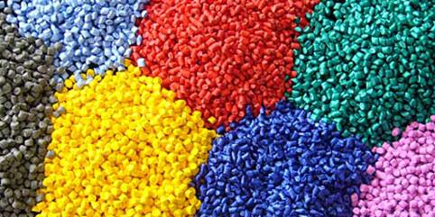 رشد 34 درصدی معامله محصولات پتروشیمی در بورس کالا