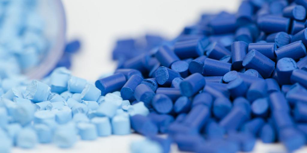 عرضه 129 هزار تن مواد پلیمری، قیر، وکیوم باتوم و گوگرد در بورس کالا