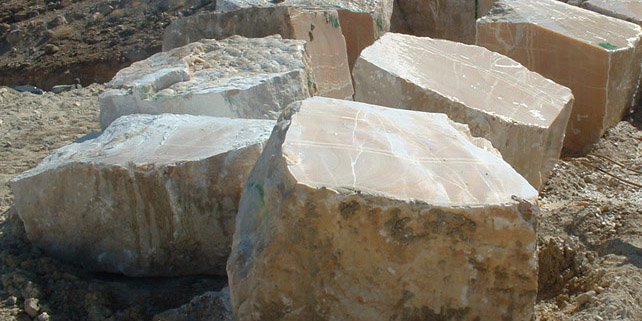 اشتغال ۱۶۰ هزار نفر در صنعت سنگ