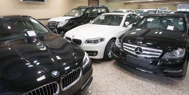 بانک ۲۰ درصد سود میگیرد خودروسازها ۲۵ درصد