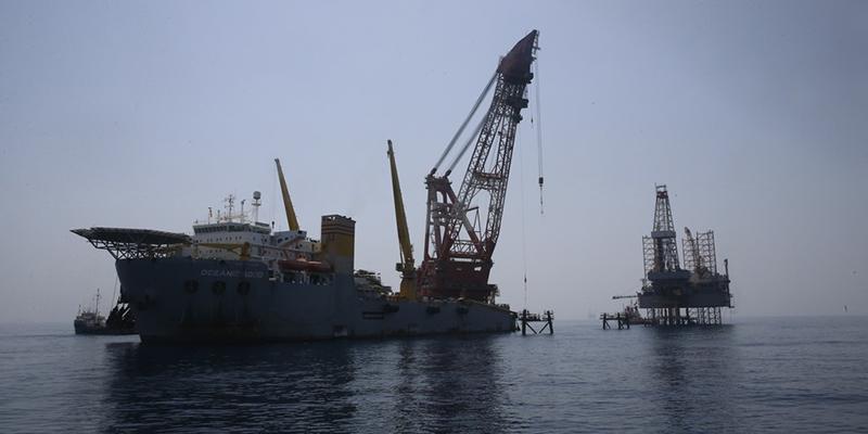 عملیات لولهگذاری نخستین خط دریایی فاز 13 پارس جنوبی آغاز شد