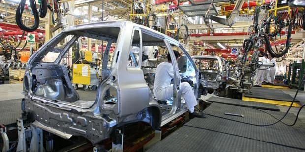فروش اعتباری خودروسازان، رقیب بازار شد