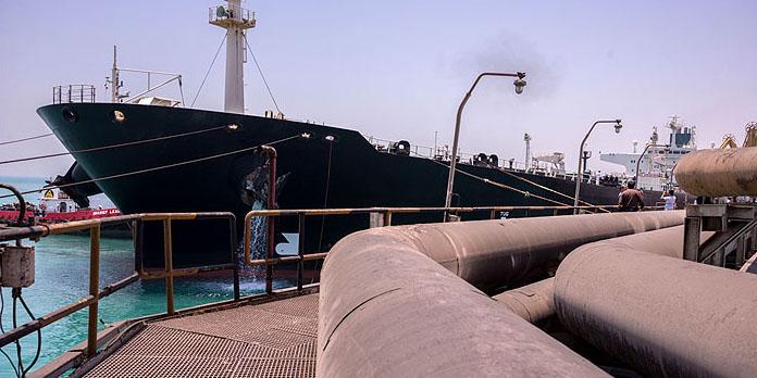 کشف محموله بزرگ قاچاق نفت سفید توسط ماموران گمرک
