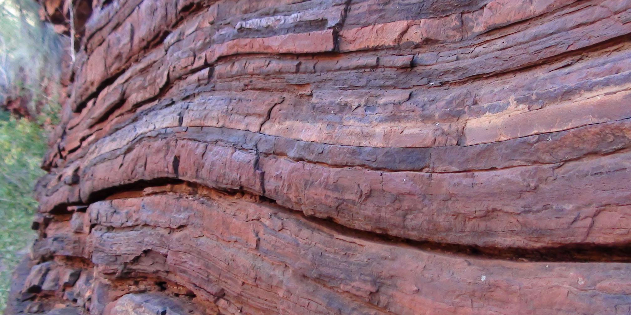 سنگ وطنی با نام ایتالیا وارد میشود