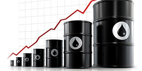 پیشبینی دو ساله رشد اقتصادی/ قیمت نفت ایران افزایش مییابد