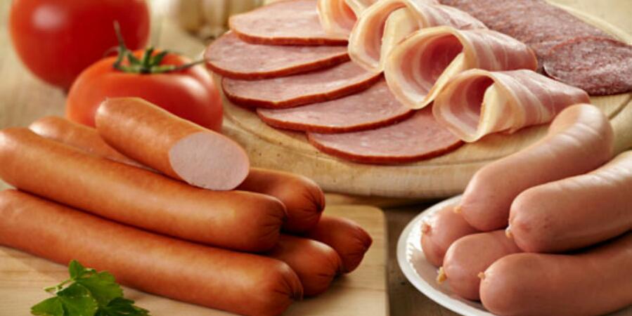 استفاده از گوشت گربه و سگ در سوسیس و کالباس کذب است