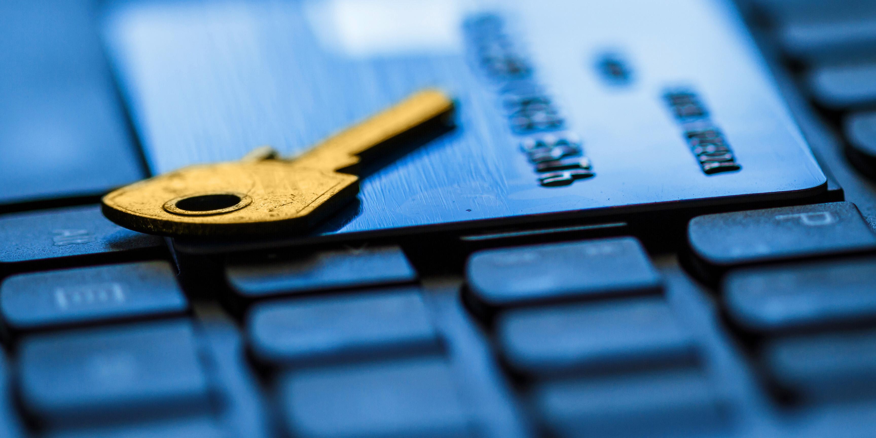 رفتار مشکوک بانکی