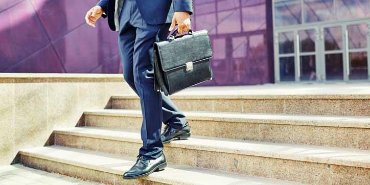 چرا کارمندان خوب بعد از مدتی کارشان را ترک میکنند؟