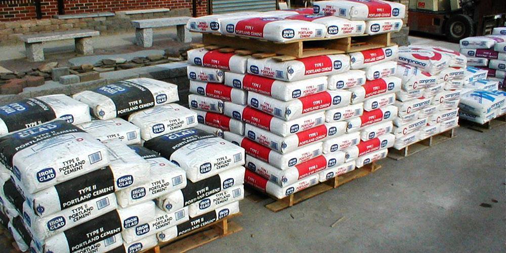 دست خالی تولیدکنندگان ایرانی از بازار ۲۰ میلیون تنی سیمان عراق/ تعرفه واردات از ایران دو برابر عربستان