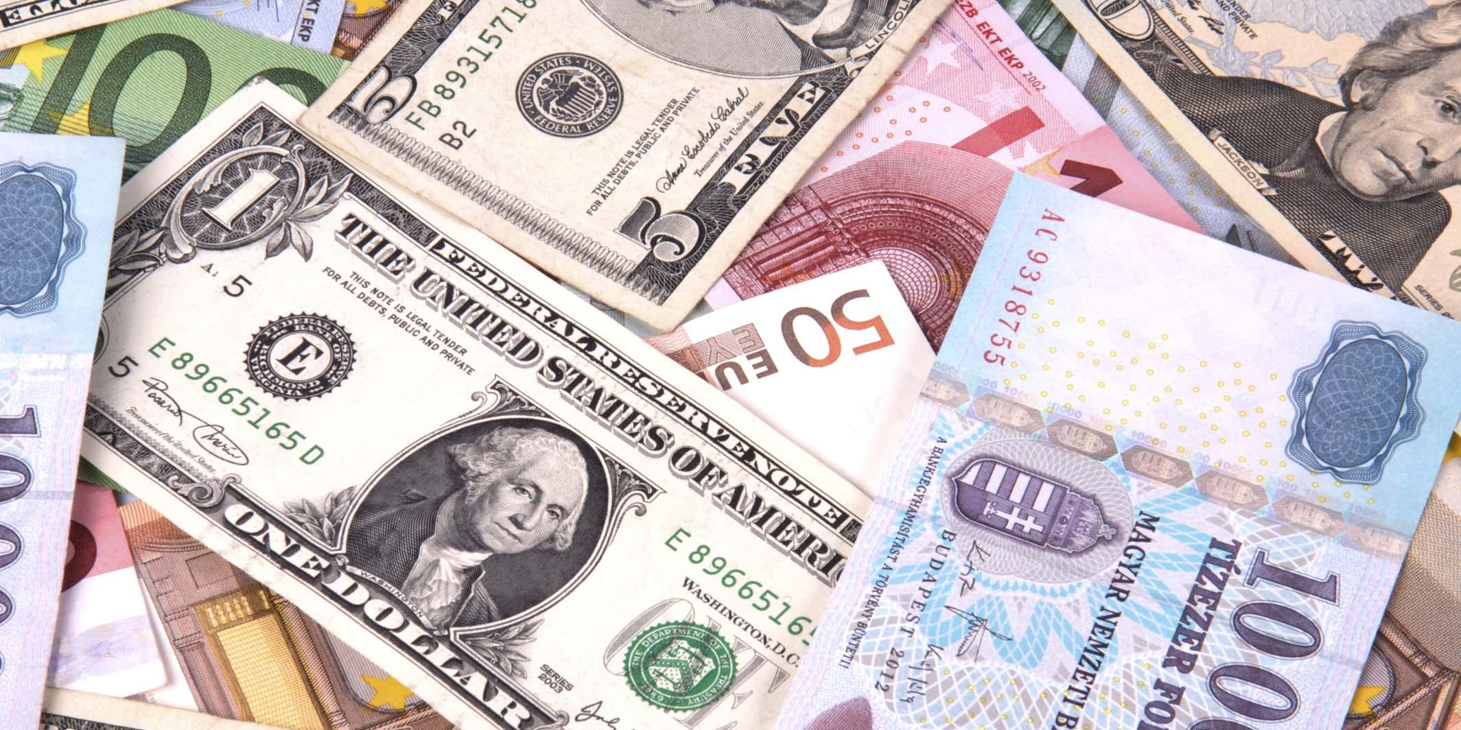 شکاف ۱۷ درصدی نرخ ارز