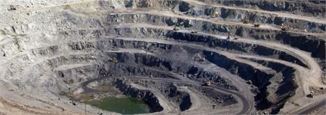 لزوم فعال شدن صادرات محصولات معدنی جهت جلوگیری از تعطیلی فاجعه بار  معادن شن و ماسه