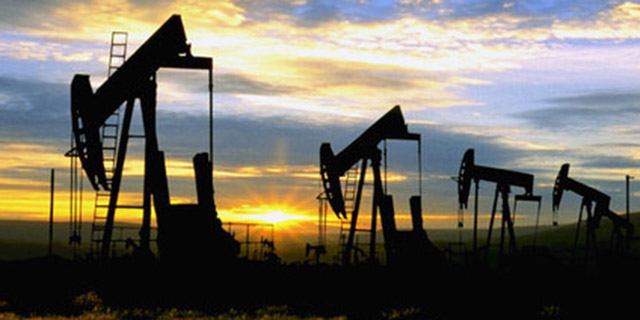 خیز بازار نفت برای ثبت قویترین ژانویه از ۲۰۱۳ به بعد