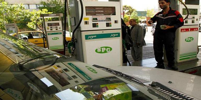بنزین نه گران میشود نه سهمیهبندی؟