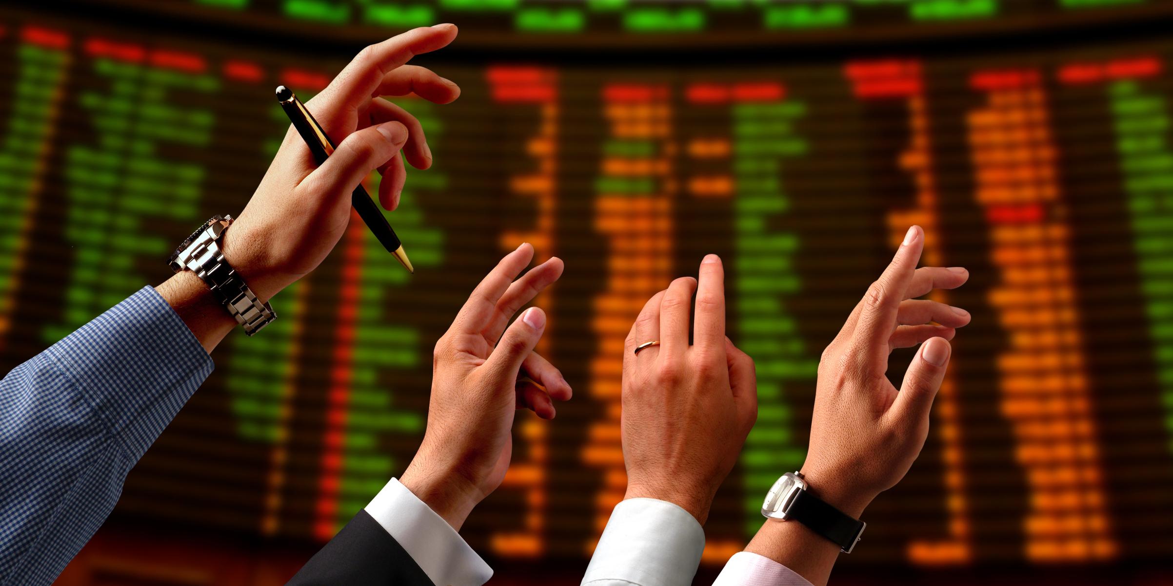 افت سهام نفتیها و فلزیها در بازار بورس امروز