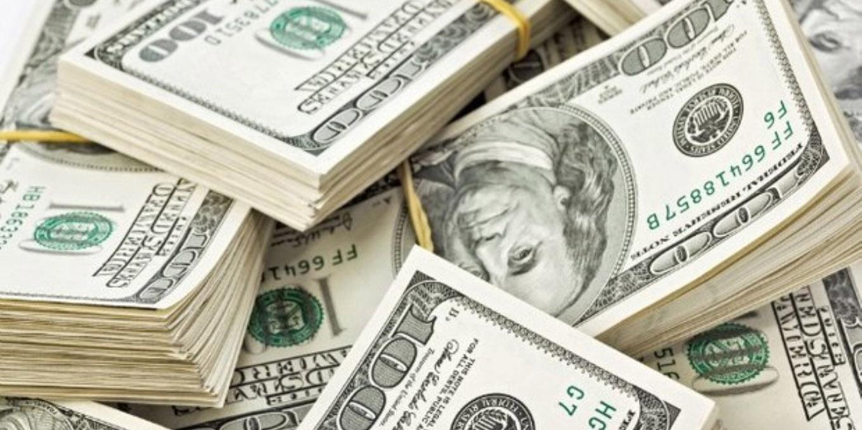 فروکش کردن تب دلار