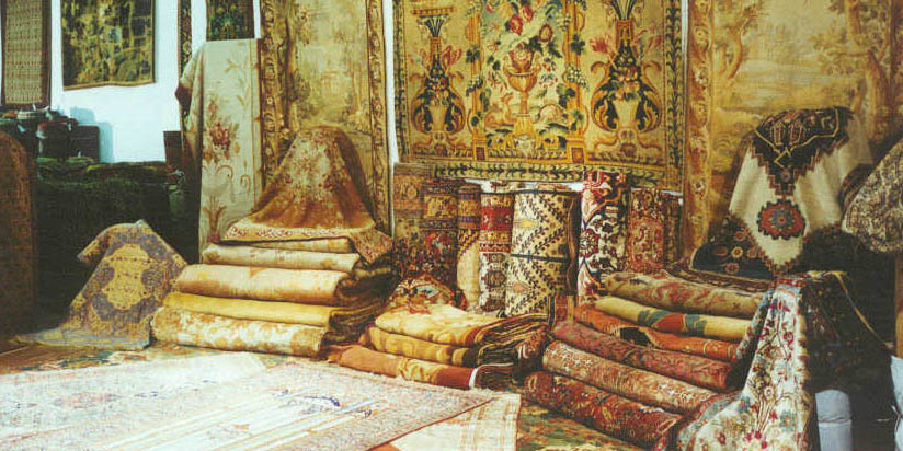 رونق بازار فرش دستباف، نیازمند فرهنگسازی است