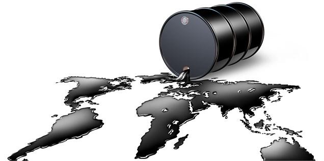 قیمت جهانی نفت سقوط با اقدام تلافی جویانه چین علیه امریکا