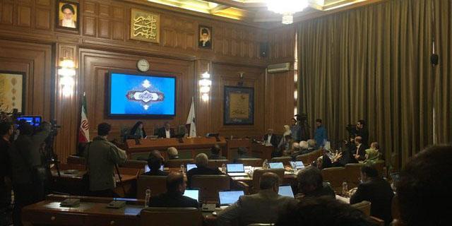 رای منفی شورای شهر تهران به استعفای نجفی