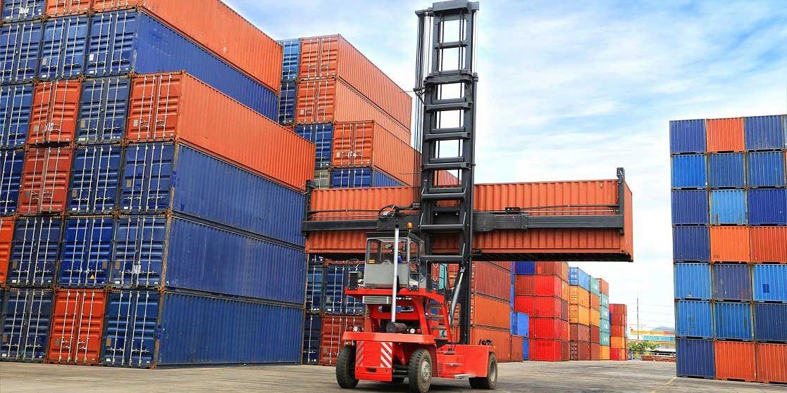 افزایش صادرات غیرنفتی به 55 میلیارد دلار