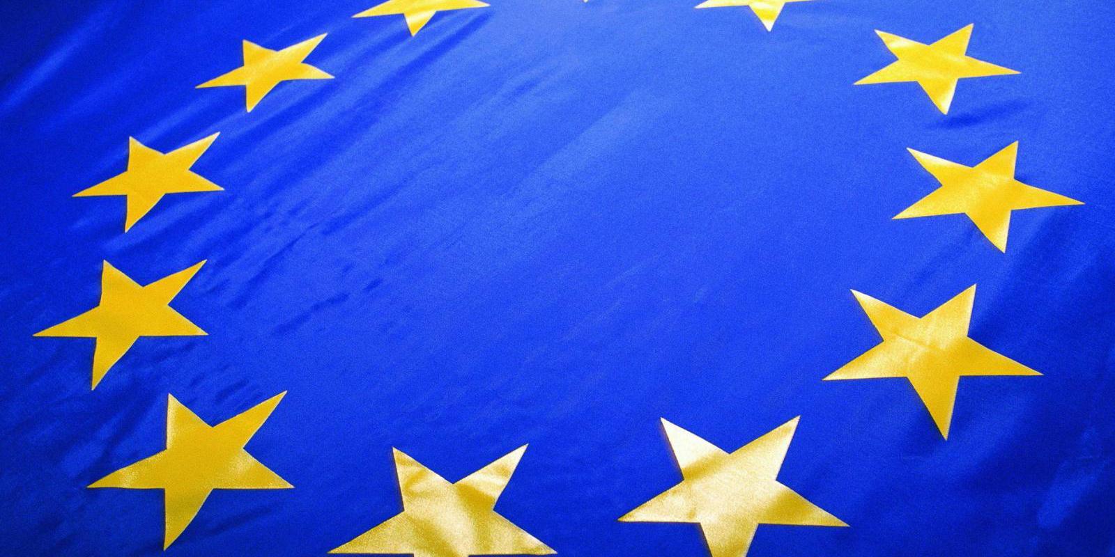 اروپا خواستار معافیت دائمی صادرات فولاد و آلومینیوم به آمریکا شد