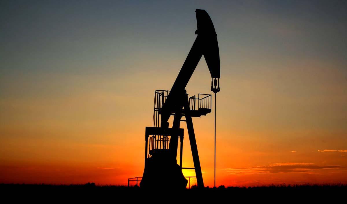 هفت قرارداد جدید نفتی با طرفهای داخلی و خارجی تا 6 ماه آتی امضا میشود