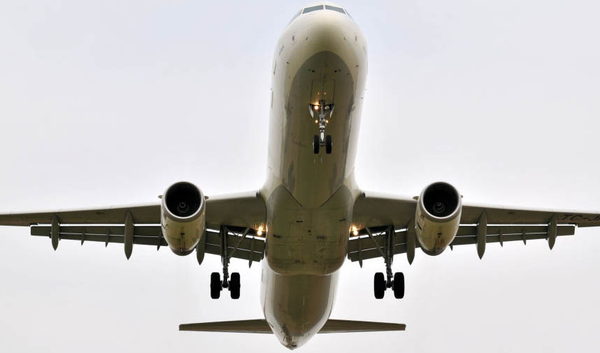 مذاکره ایران با روسیه برای ساخت قطعات هواپیمای ۱۰۰ نفره
