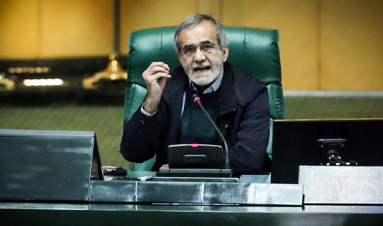 در دوره احمدینژاد ۷۵۰ میلیارد دلار نفت فروخته شد، آن پولها کجاست؟