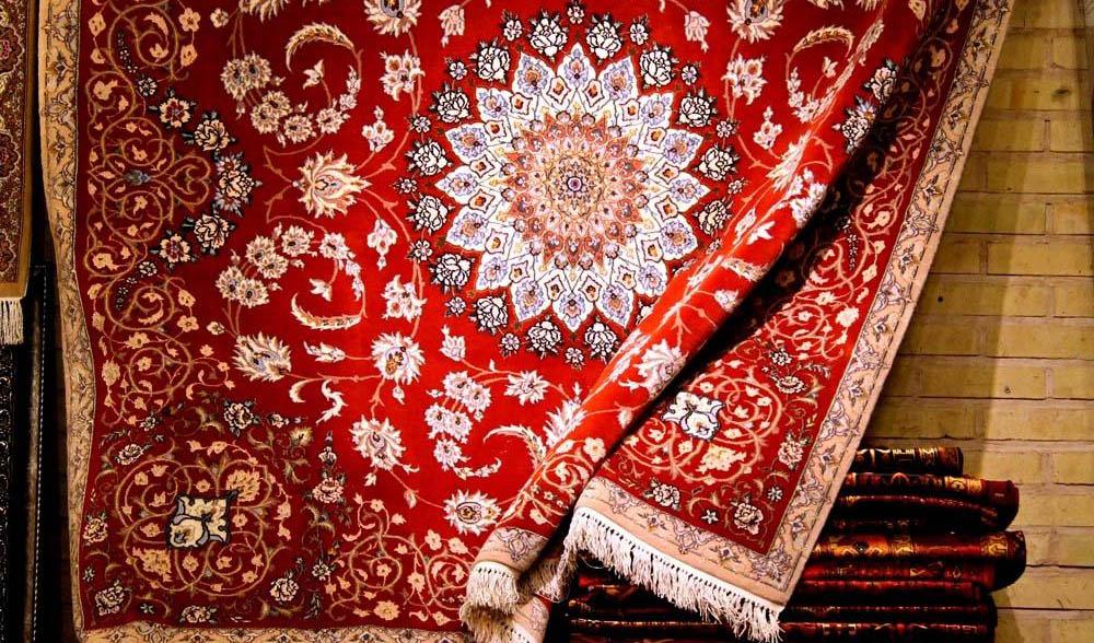 رئیس اتحادیه فرش دستباف ایران: تحریمهای فرش 100 درصد داخلی است