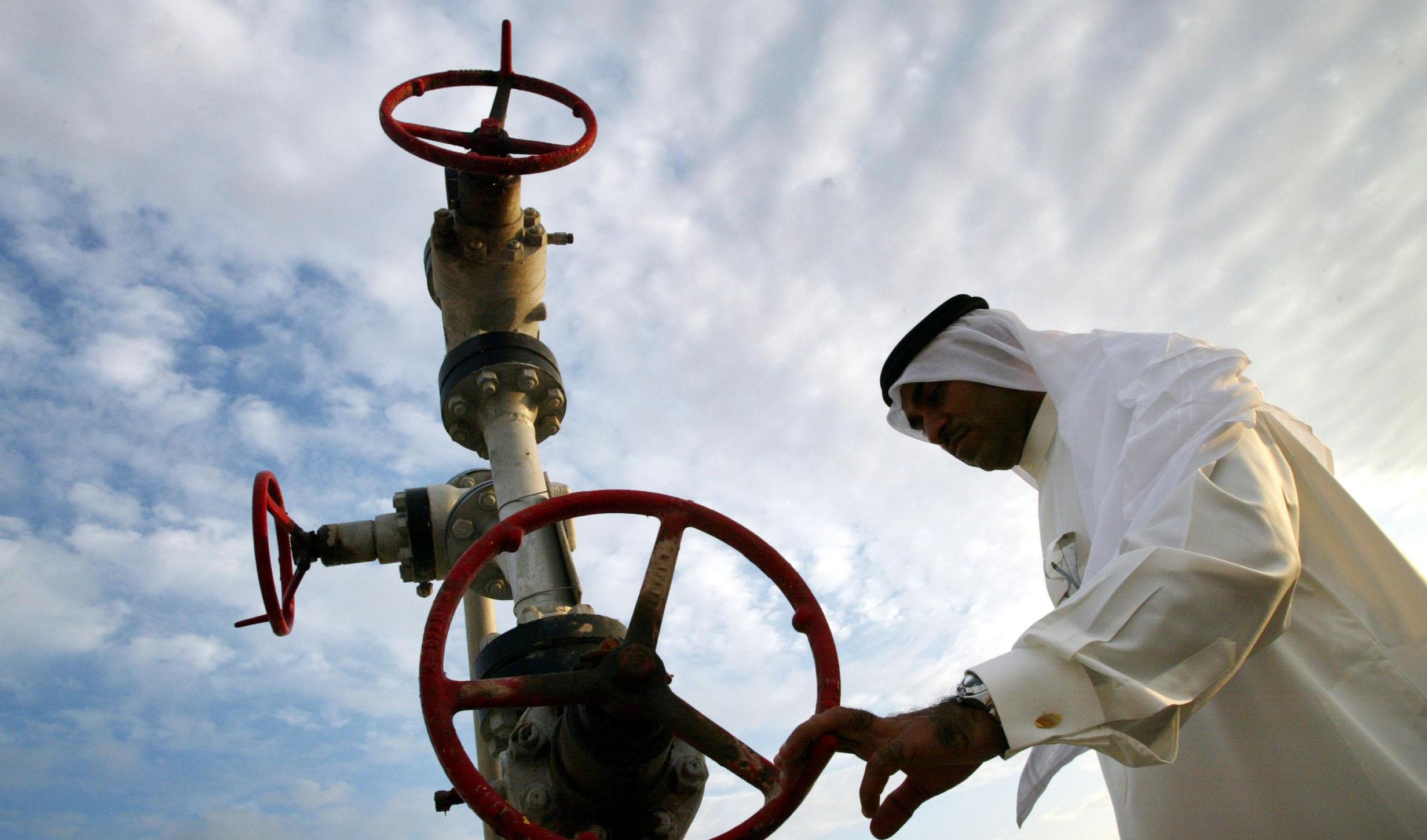 عربستان فعلا قیمت نفت را افزایش نمیدهد