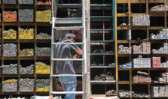 افغانستان واردات فولاد، سیمان، آهن و میلگرد را از ایران ممنوع کرد