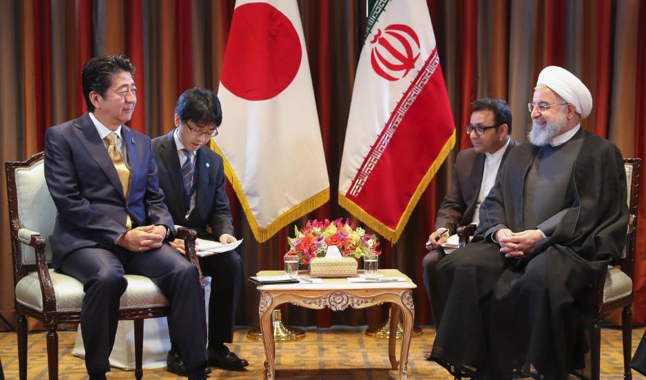 دیدار نخست وزیر ژاپن با روحانی
