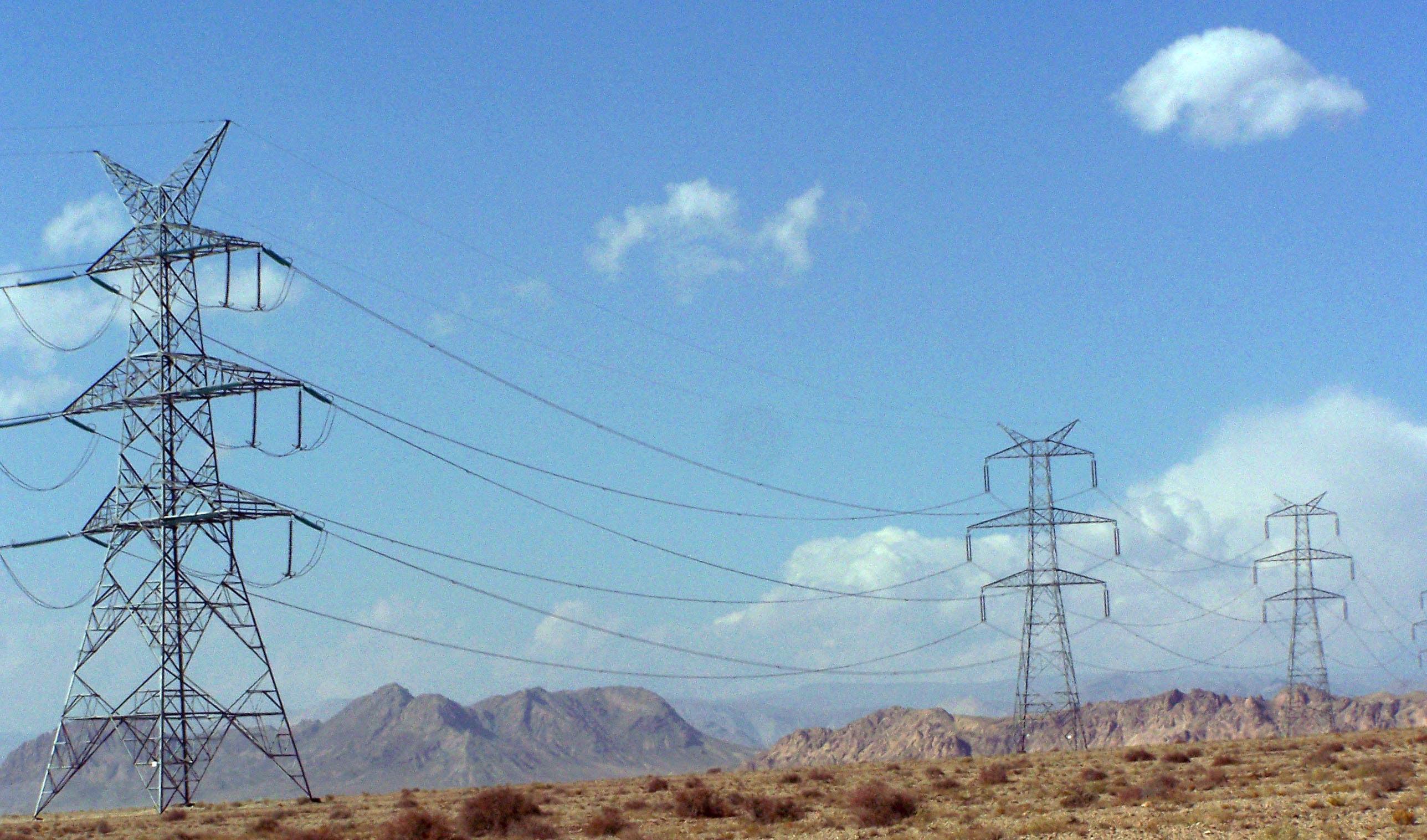ادامه خرید برق ایران توسط عراق