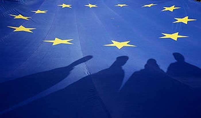 مذاکرات تمام قد اروپا با کاخ سفید برای جلوگیری از تنش تجاری