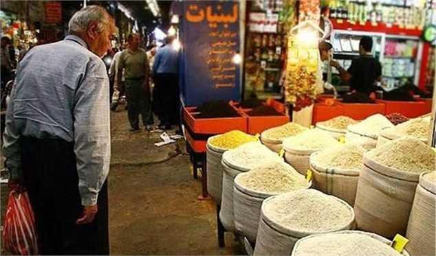 رئیس اتحادیه بنکداران مواد غذایی:برنج ایرانی گران شد خارجی ارزان!