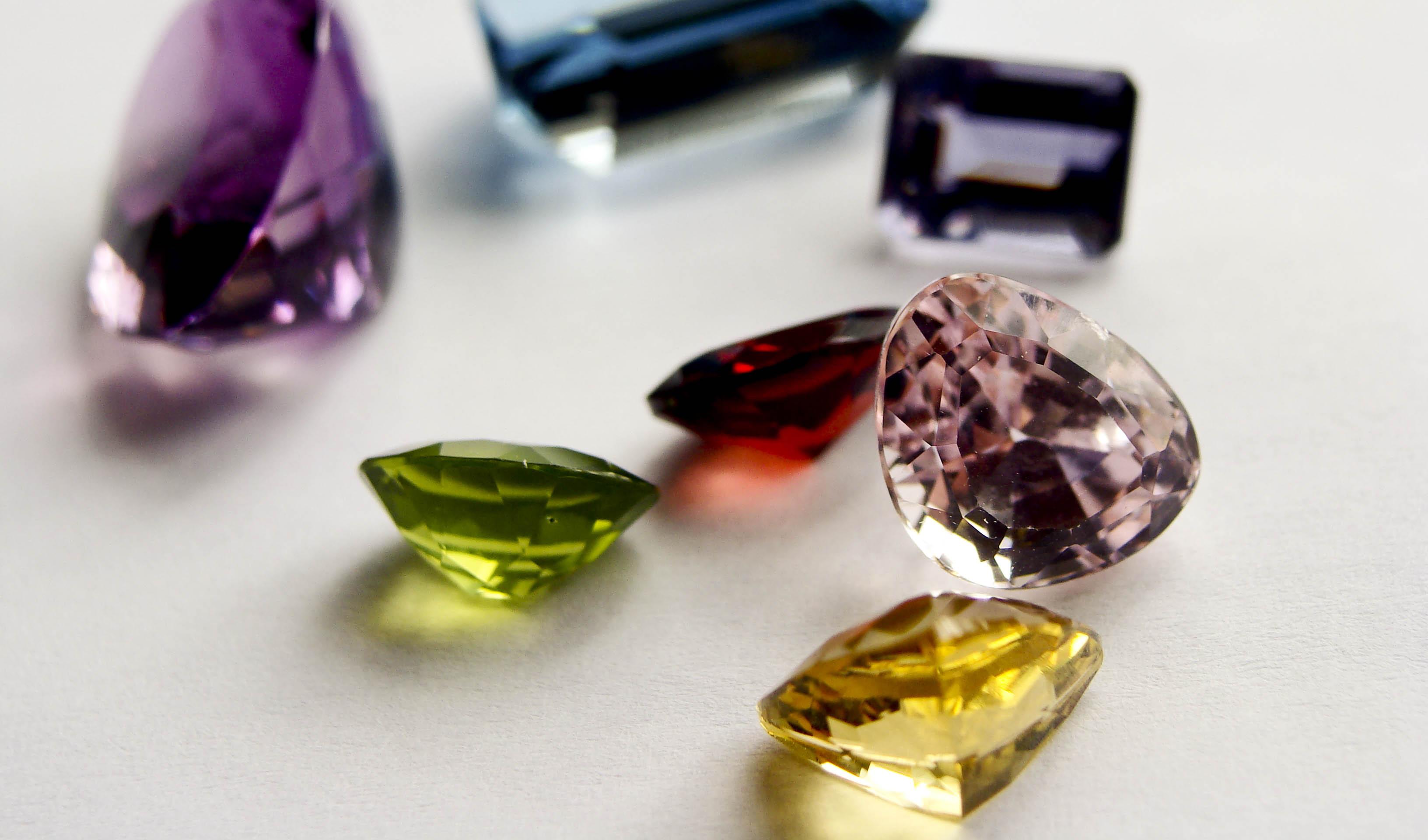 افزایش 25 درصدی صادرات فلزات و سنگهای گرانبها