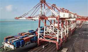 تخلیه و بارگیری بیش از ۲۰۰ کشتی روزانه در بنادر ایران